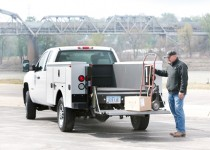 liftgatepickup_eaglelift_action2 by .